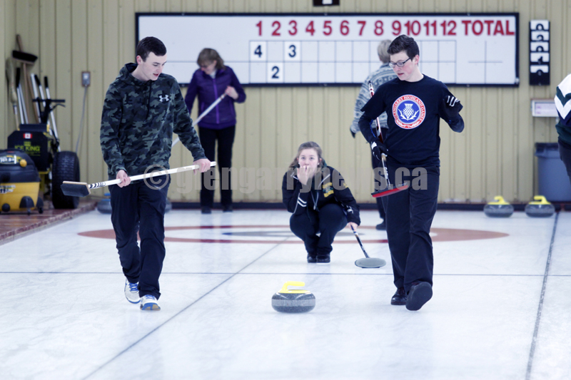 curling in Alexandria